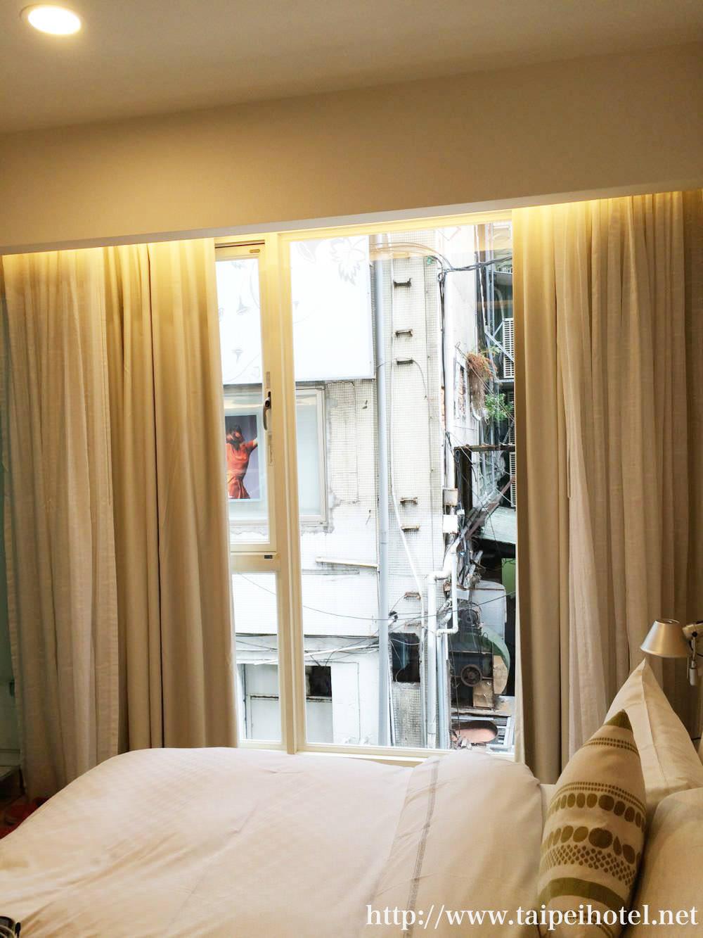 ダンディホテルの部屋