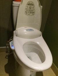 オレンジホテルのトイレはウォシュレット付き